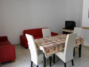 casaperlavitaalberobello01